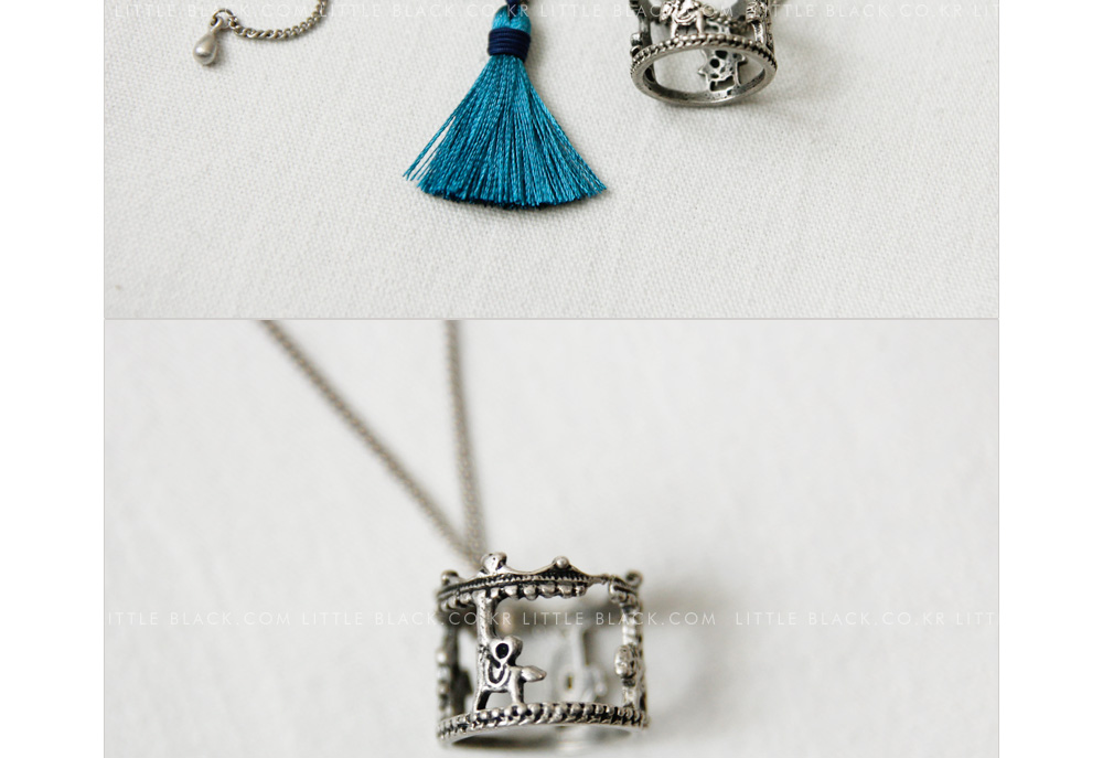 Carousel Pendant Necklace with Tassel Drop|