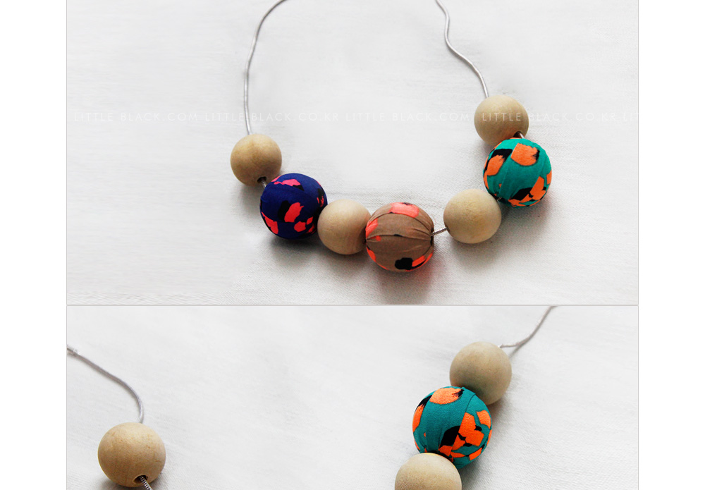 Wooden Bead Statement Necklace|