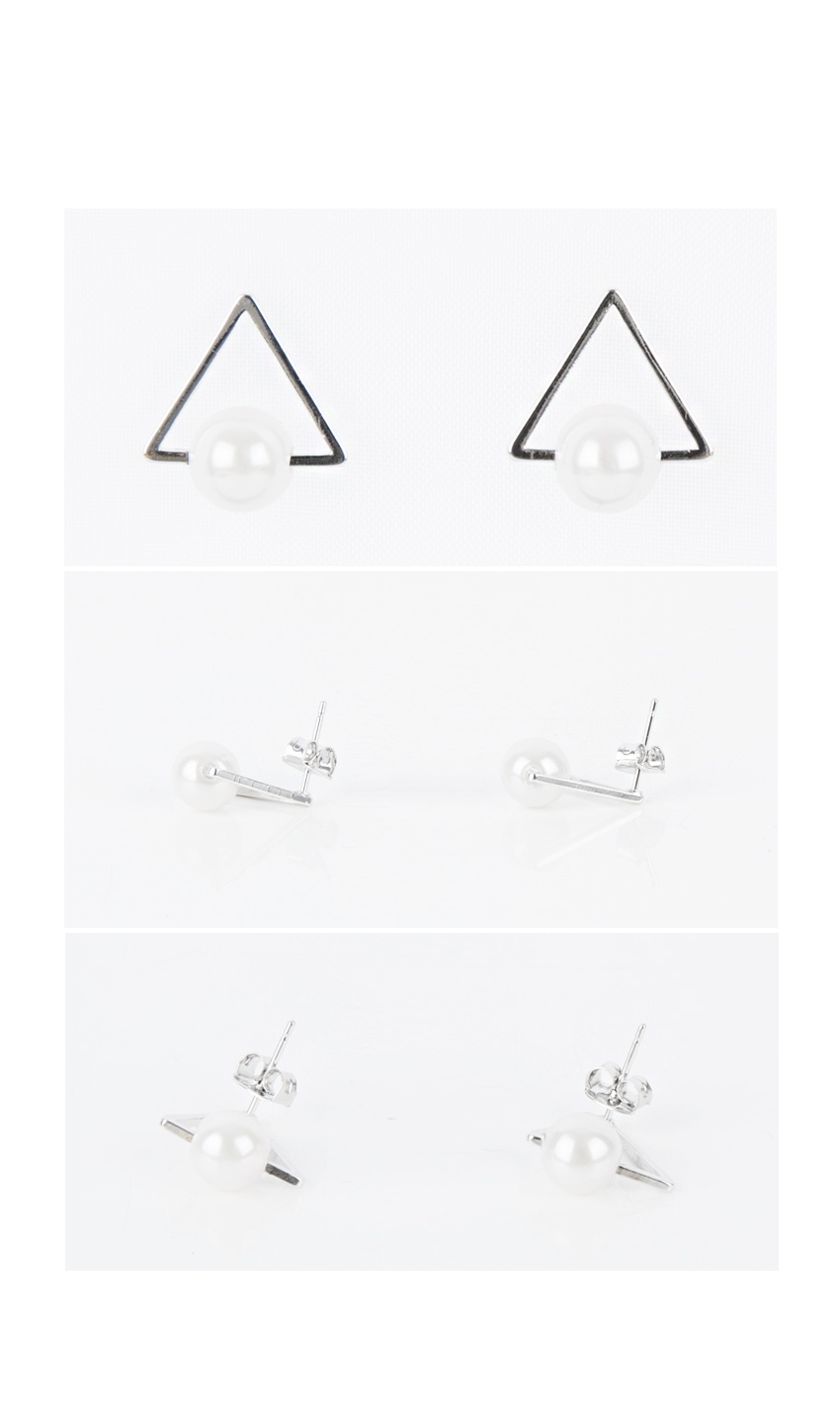 Pearl Center Triangle Earrings|